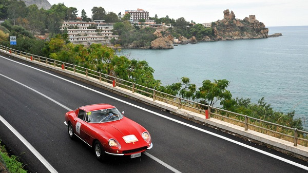 Targa Florio Classica e Ferrari Tribute, le più belle auto di ieri e di oggi sfilano nelle Madonie