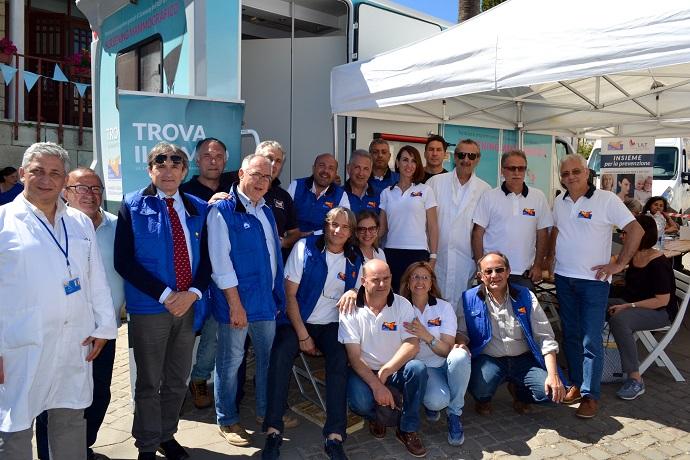 Castellana, screening gratuiti in piazza da medici e infermieri dell'Asp