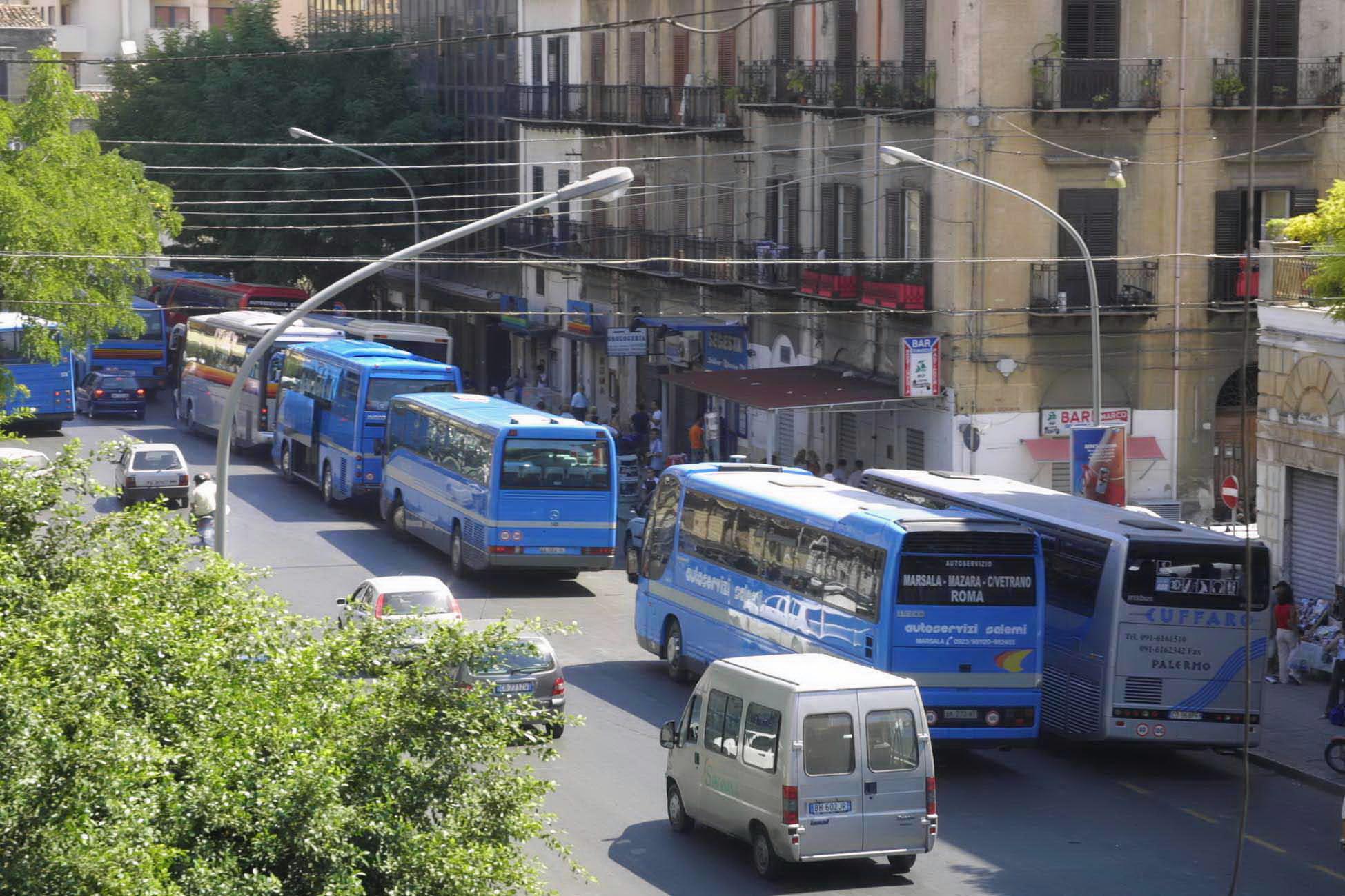 Palermo, addio alla fermata di via Paolo Balsamo per i bus extraurbani