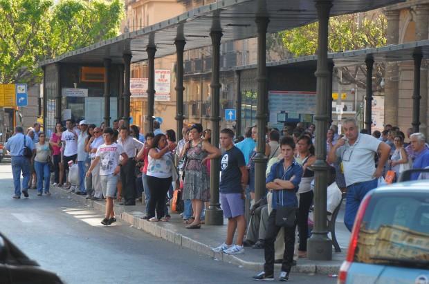 Amat in crisi, a Palermo il servizio verrà tagliato del 50%