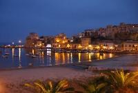 Castellammare, ristoranti raccolgono fondi per i profughi di Lampedusa