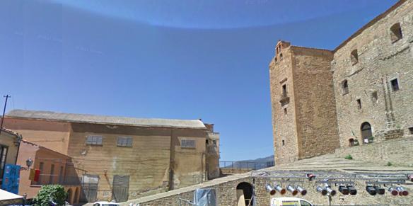Ritardi sui fondi Ue, a rischio i lavori sul cineteatro di Castelbuono