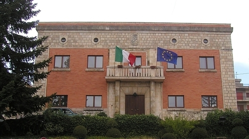 Castellana Sicula, scoppia il caso dell'assessore Cavallaro: dimissioni o rimozione?
