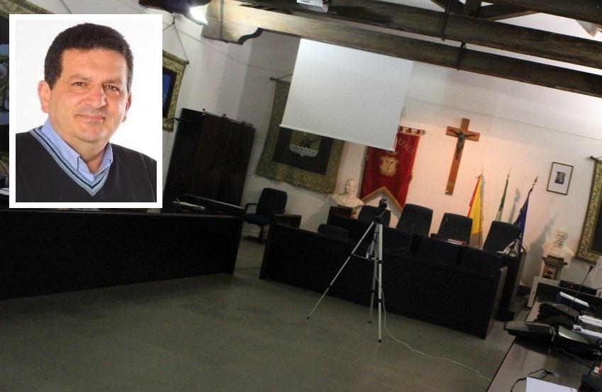 Cefalù, 8 consiglieri presentano la mozione di sfiducia al sindaco