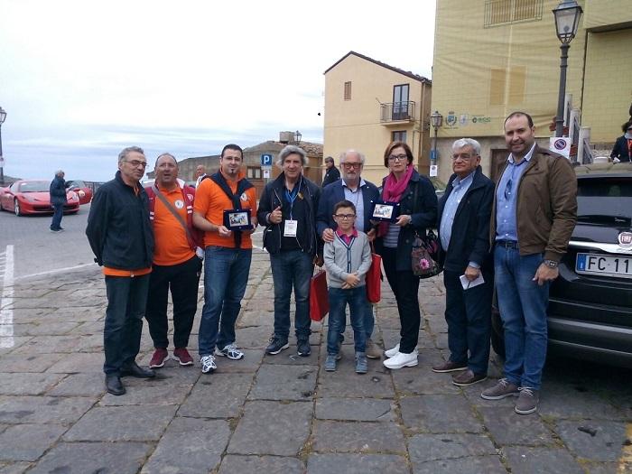 """Il giro di Sicilia """"passa"""" per Gangi: ed è bagno di folla"""