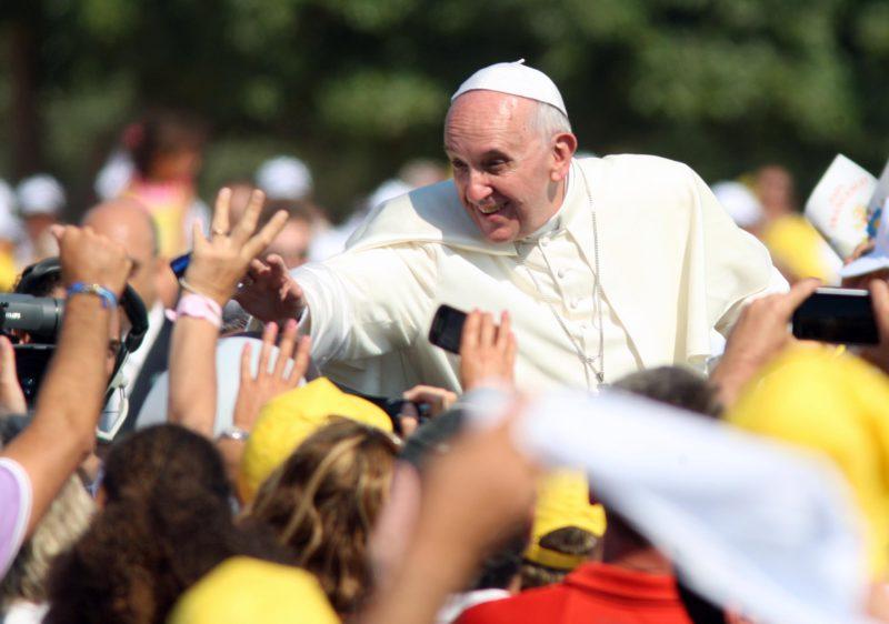 Il Papa a Palermo, scattano i divieti di sosta: ecco l'elenco delle strade interessate