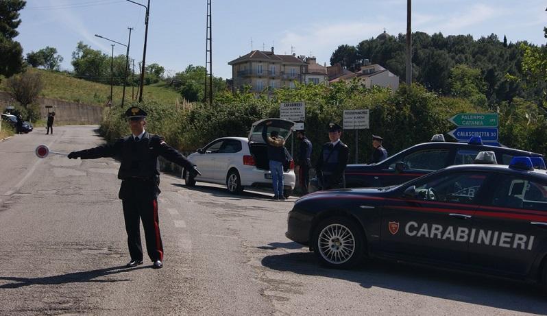 """I Carabinieri di Termini Imerese smantellano """"centrale della droga"""""""