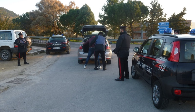 I Carabinieri scoprono una centrale di spaccio di droga a Gangi e Geraci Siculo