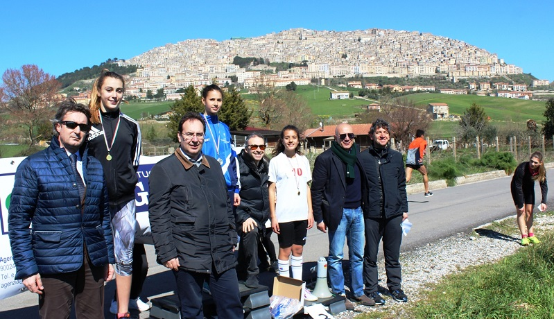 A Gangi la finale regionale dei campionati studenteschi di corsa campestre