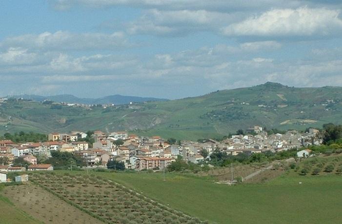 """La crisi idrica a Castellana, il sindaco: """"La colpa è della siccità in Sicilia"""""""