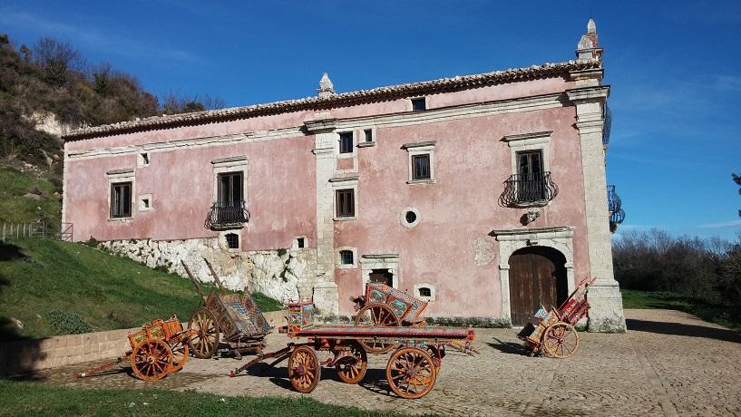 """Petralia Soprana, a Villa Sgadari continua la rassegna """"A Tinte Forti"""" con Sara Favarò"""