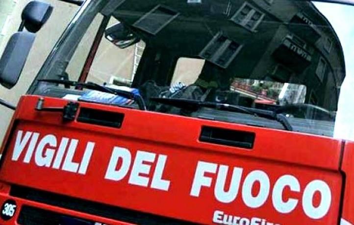 Contromano sulla Palermo-Catania, scontro tra due auto: due feriti gravi