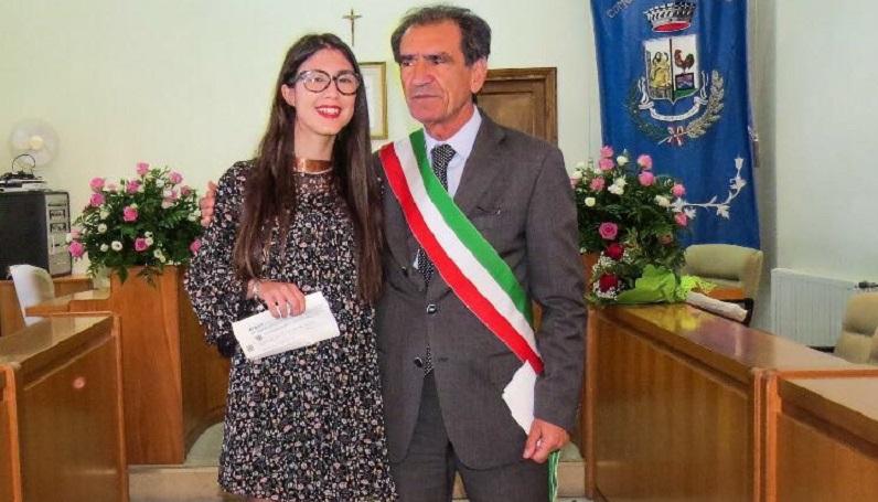 """Bompietro, assegnata la Borsa di Studio """"Gianpaolo Barbieri"""" ad Alessia Vaccarella"""