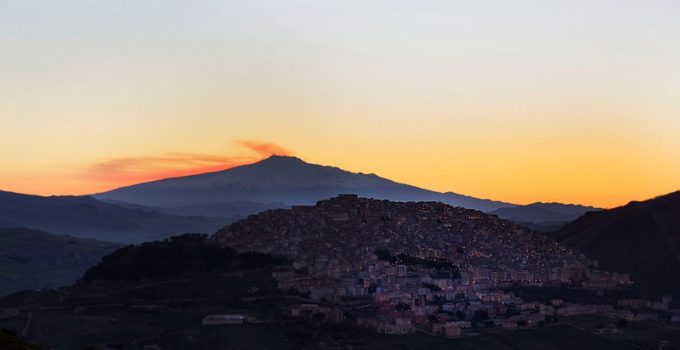 connessi esperienze musica mediterranea