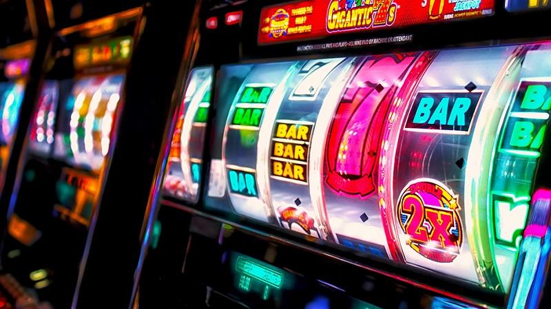 """I madoniti hanno """"bruciato"""" 43,7 milioni di euro nel 2016 alle slot machine"""