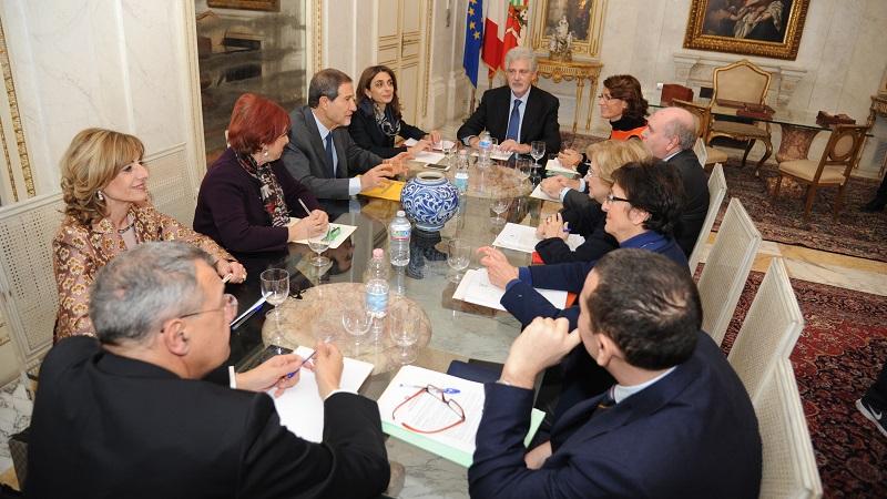 Rifiuti, il presidente della Regione Musumeci incontra i sindaci del palermitano
