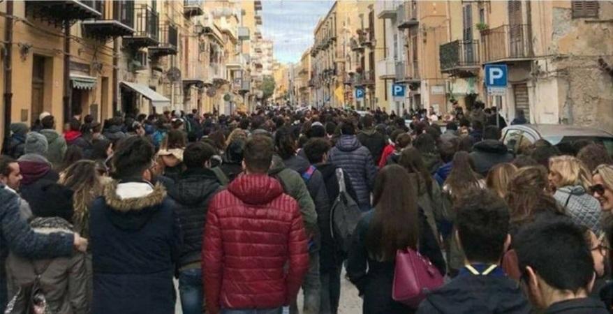 Riconversione della centrale Enel di Termini, una manifestazione in piazza Duomo