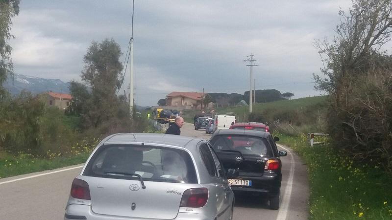 Gangi, ennesimo scontro in contrada Comunello: auto fuori strada