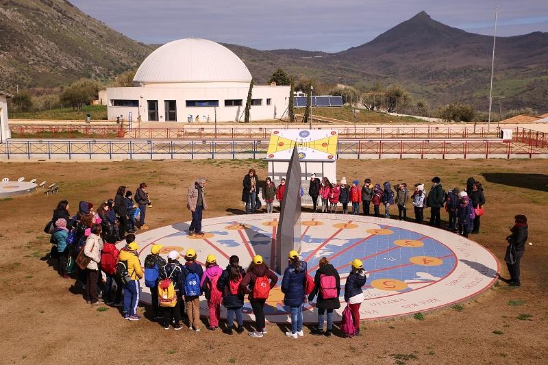 Gli alunni dell'istituto comprensivo di Castellana Sicula in visita al Planetario Gal Hassin