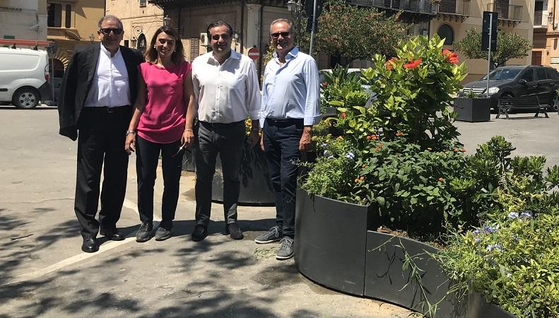 Termini, piante e fiori per abbellire la città: a donarli è il circolo Margherita