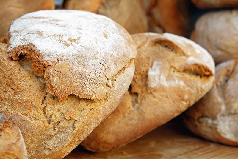 Castelbuono, aumenta il prezzo del pane. Cicero contro i panificatori: vogliono fare cassa