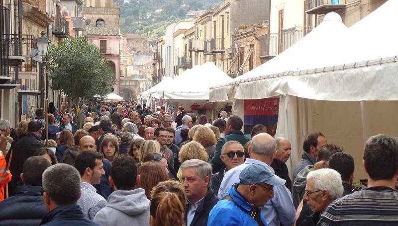 Castelbuono, degustazioni, convegni, musica: torna il Funghi Fest – IL PROGRAMMA