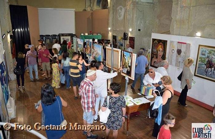 """Castelbuono, il concorso d'arte pittorica """"Un cuore d'artista"""" diventa internazionale"""