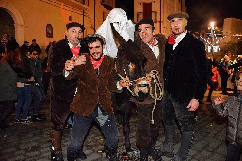 Gratteri, visite guidate, festa in piazza e il cenone: così si festeggia il Capodanno