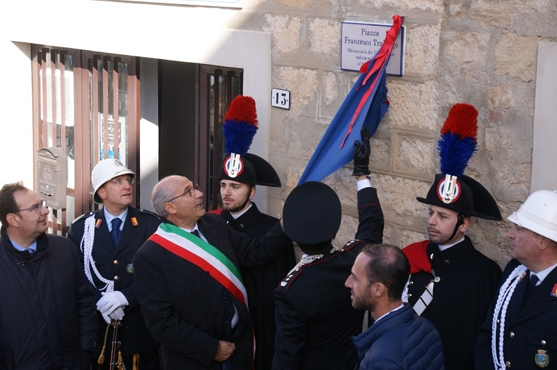 Gangi non dimentica: intitolata una piazza al maresciallo Francesco Tralongo