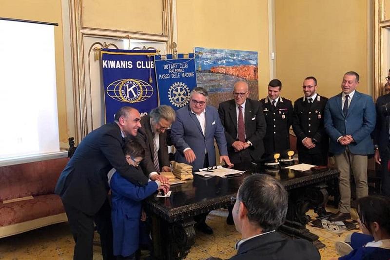 Petralia Sottana, ai militari italiani in missione gli auguri di Natale degli studenti madoniti