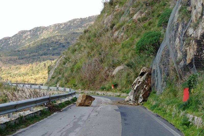 Frana sulla Campofelice-Collesano, si torna a transitare: strada riaperta dopo 11 mesi