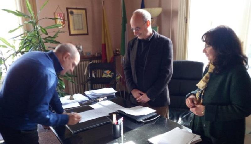 Cambio in giunta a Petralia Sottana: si dimette Lucia Macaluso, al suo posto Carmelo Licata