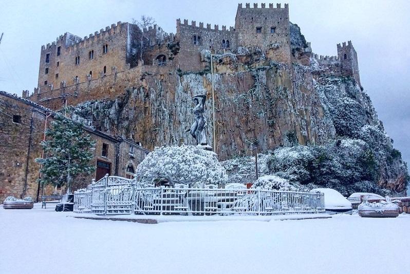 Undici comuni fanno rete per valorizzare i castelli: ci sono Castelbuono, Caccamo e Collesano