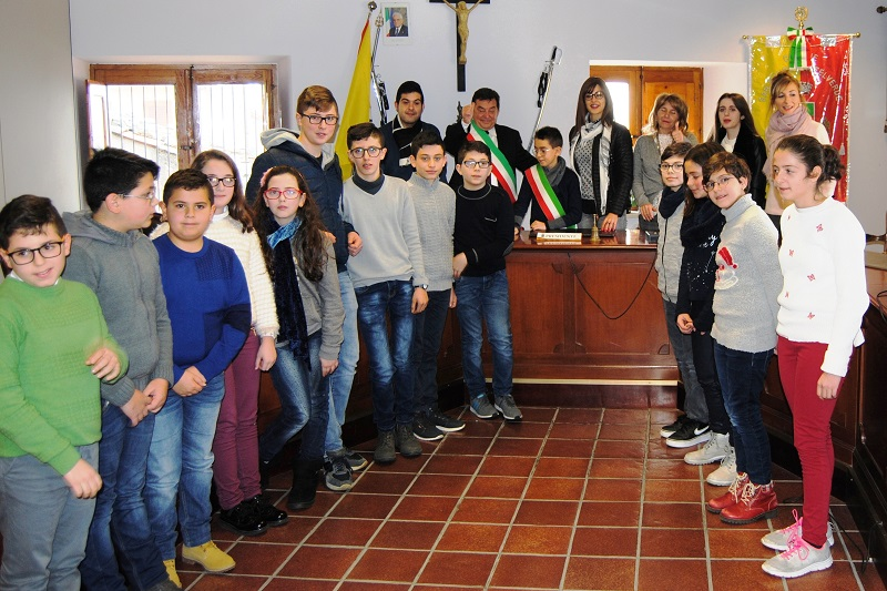 San Mauro, eletto il mini-sindaco: si insedia la mini amministrazione comunale