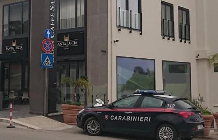 Cefalù, furto al Gran Caffé Santa Lucia: i Carabinieri arrestano tre giovani