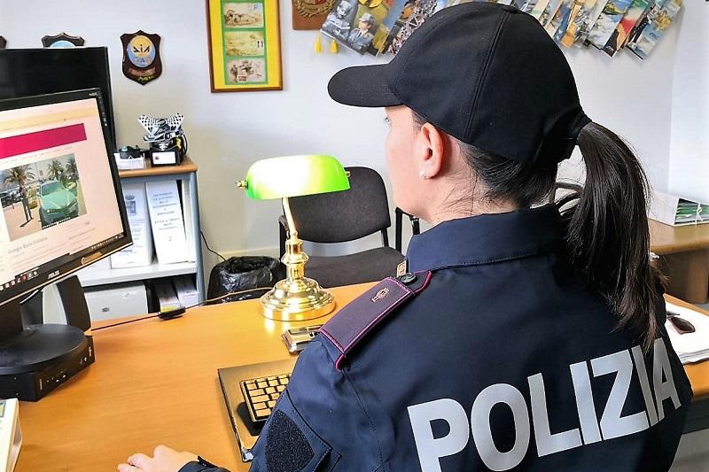 Cefalù, immagini e post contro la Repubblica e le forze dell'ordine: denunciati per vilipendio