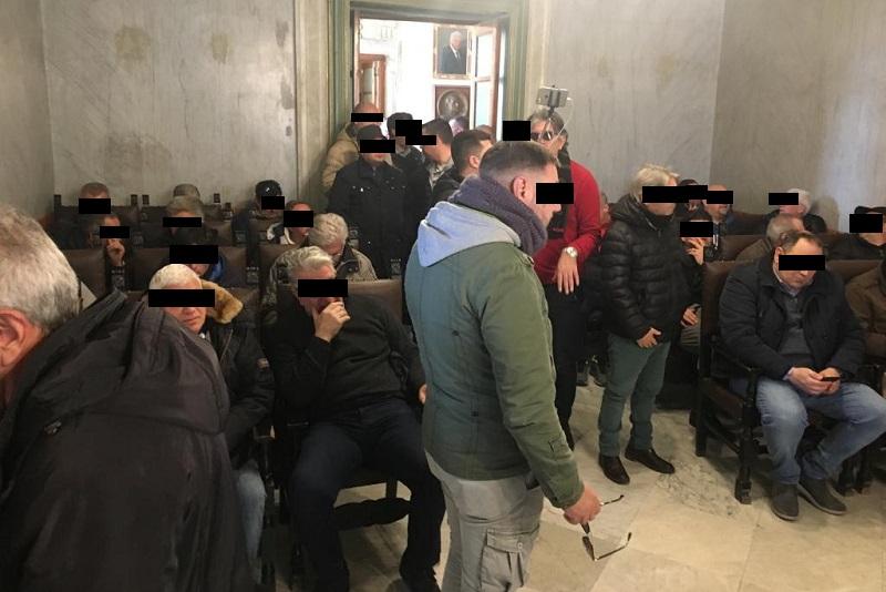 Vertenza Blutec, gli ex operai della Fiat occupano la sede del comune di Termini