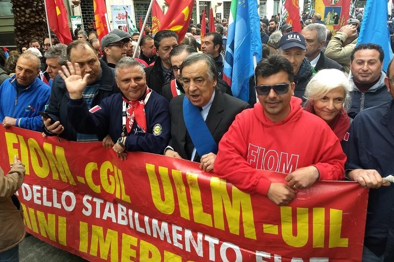 """Blutec, l'incontro con i sindaci: """"Garantire i 300 lavoratori dell'indotto"""""""