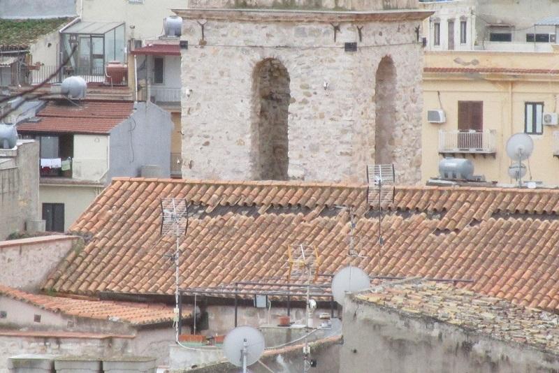 """""""Scivola"""" il tetto della chiesa barocca di Sant'Orsola, a rischio gli affreschi"""