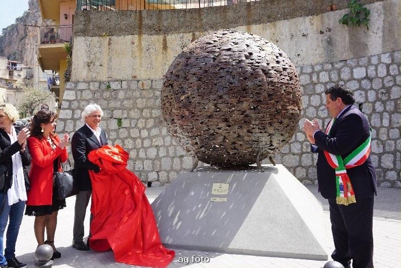 Una nuova opera d'arte per Cefalù, il dono di Luigi Aricò