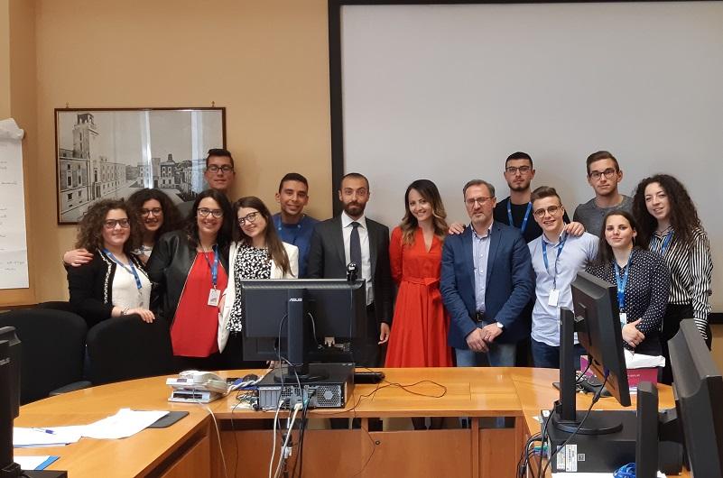 Undici studenti al lavoro nella Banca d'Italia: il progetto dell'istituto Salerno