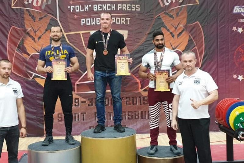 Europei di powerlifting in Russia, ad un alimenese la medaglia d'argento