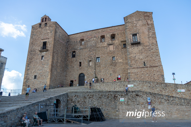 Via tutte le barriere architettoniche: così il castello diventa accessibile a tutti