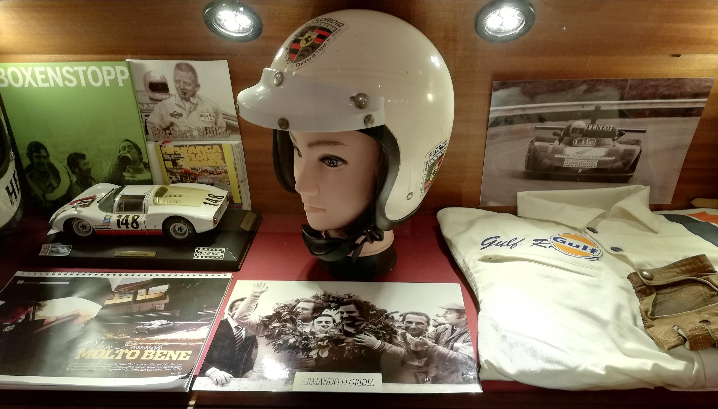 Nuovi reperti al museo della Targa Florio: c'è il casco di Armando Floridia