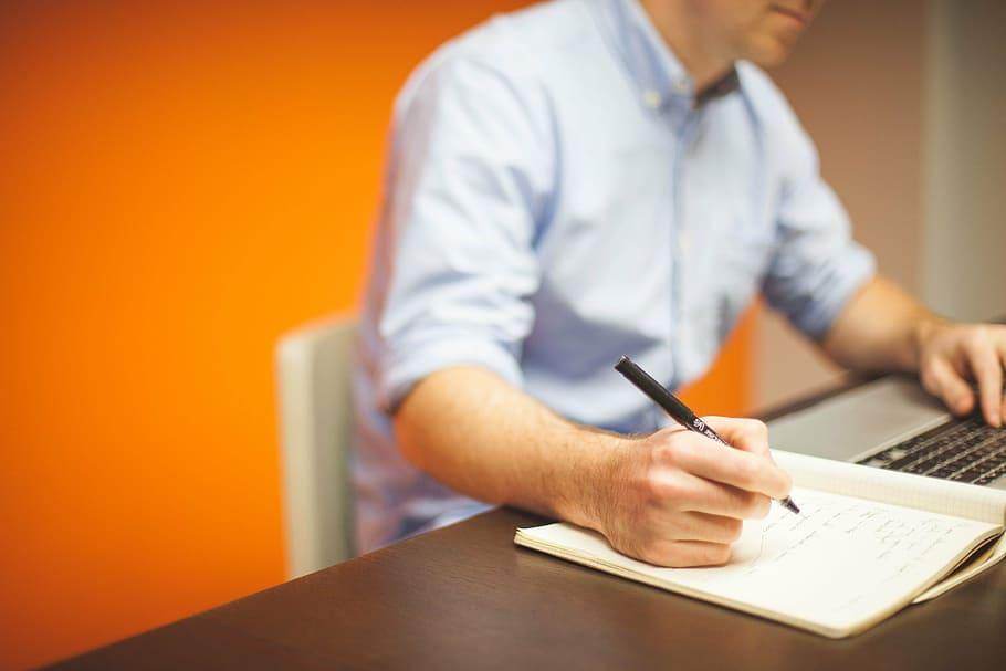 """""""Scrivere del nostro Tempo"""": un corso di scrittura creativa con il giornalista Rai"""