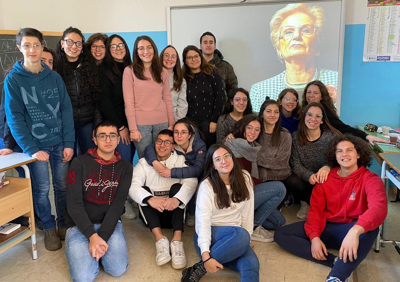 """Liliana Segre nominata """"compagna di classe onoraria"""""""