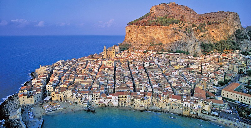 "Da Cefalù a Ortigia, ""R-Estate in Sicilia"": per riscoprire le bellezze di casa nostra"