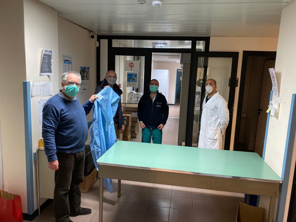 Ospedale di Petralia, arrivati i 100 camici frutto delle donazioni dei cittadini