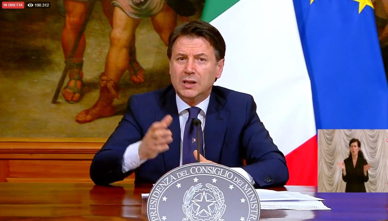 """Giuseppe Conte annuncia la """"Fase due"""": ma non è un liberi tutti"""
