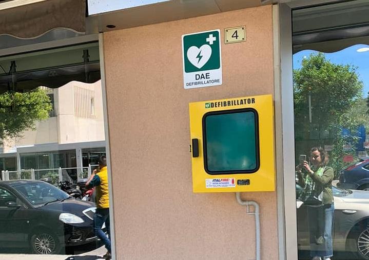 Cefalù città cardioprotetta, 8 nuovi defibrillatori in piazze e strade